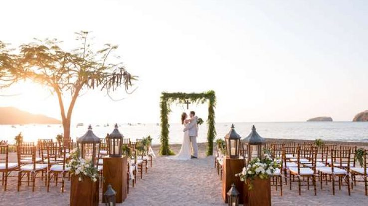 Cover Story – Costa Rica: destination weddings