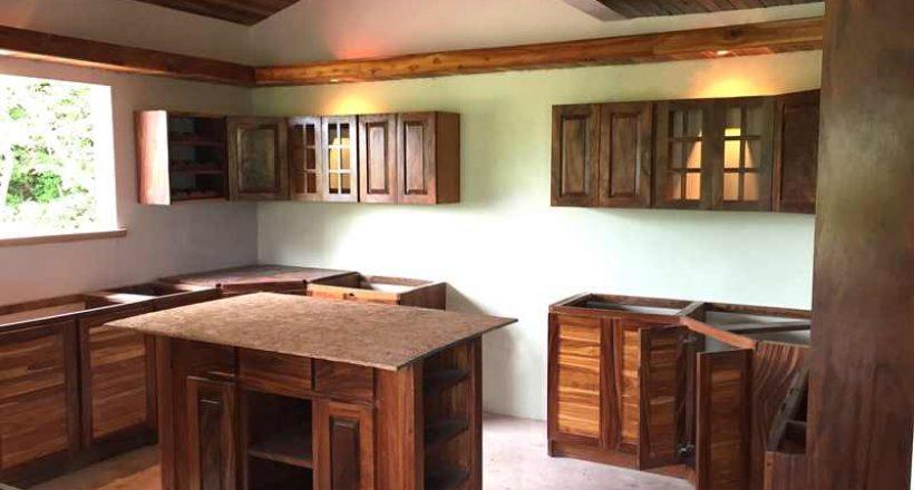 Building CR – Guanacaste Tropical Hardwoods