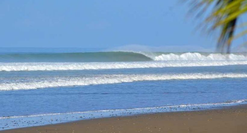 Surf Spot – Playa Dominical
