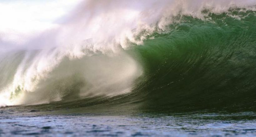 Surf Science – What Makes a Wave Spit?